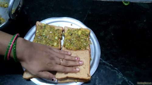 gently press sandwich