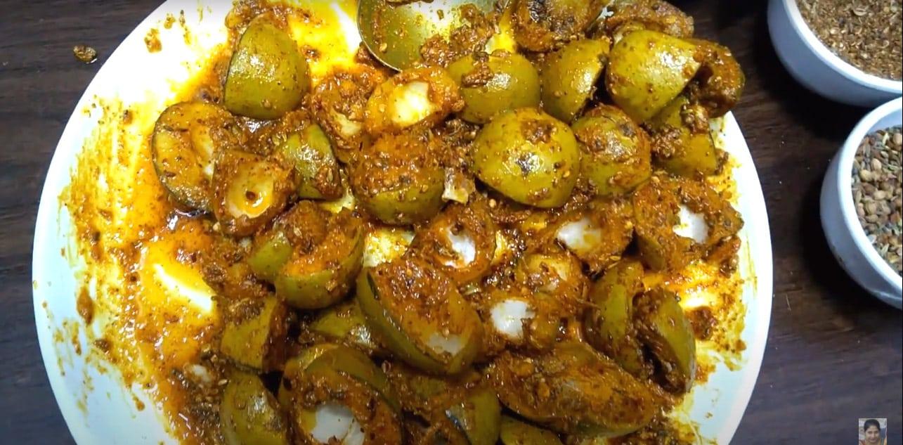 कच्चे आम का खट्टा अचार - Instant Aam ka Khatta Achar recipe in Marwadi 5 मिनट में कच्चे